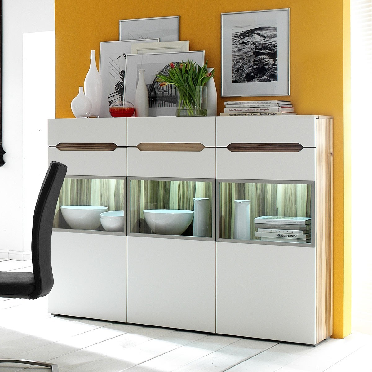 highboard sideboard kommode anrichte modern in baltimore walnuss creme neu ebay. Black Bedroom Furniture Sets. Home Design Ideas