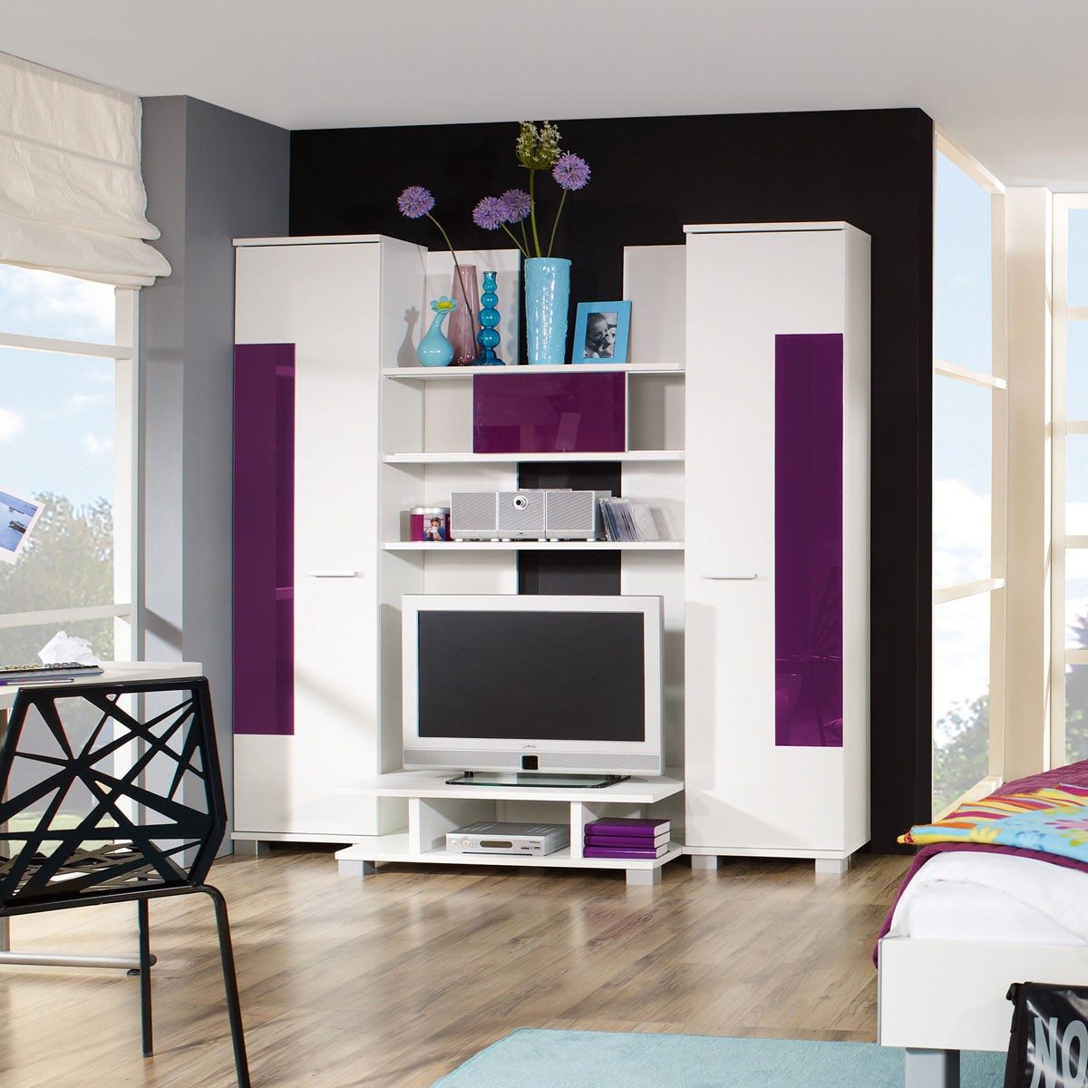 tv wohnwand anbauwand schrankwand in weiss und brombeere. Black Bedroom Furniture Sets. Home Design Ideas