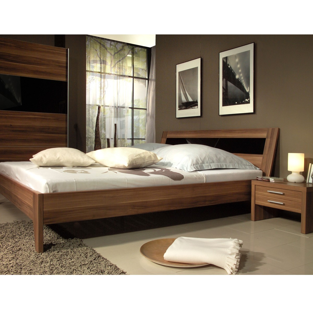 bett 140x200 doppelbett 2x nachtkommoden dreamnight in nussbaum schwarz glas ebay. Black Bedroom Furniture Sets. Home Design Ideas