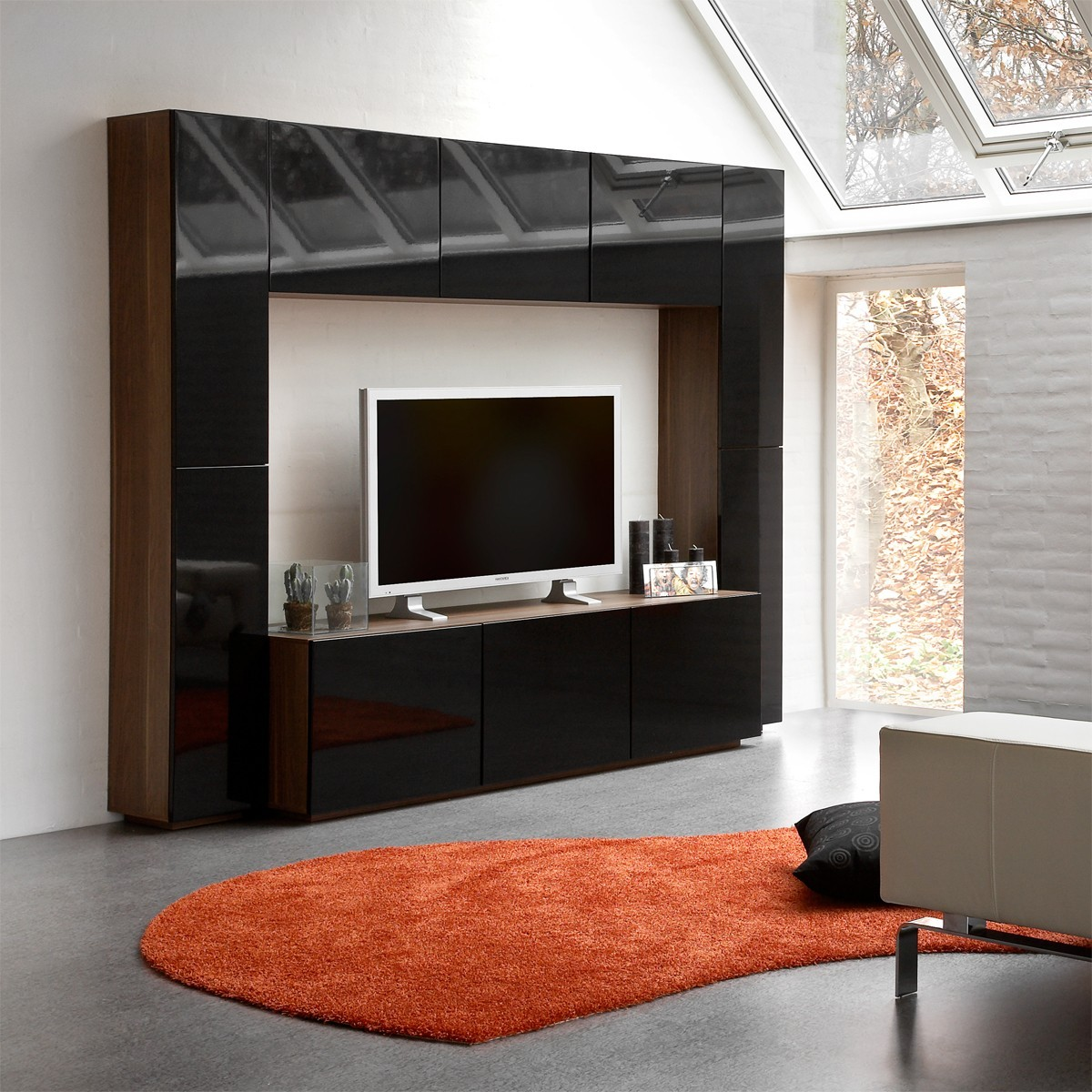 tvwand monaco in schwarz walnuss moebelfindernet. Black Bedroom Furniture Sets. Home Design Ideas