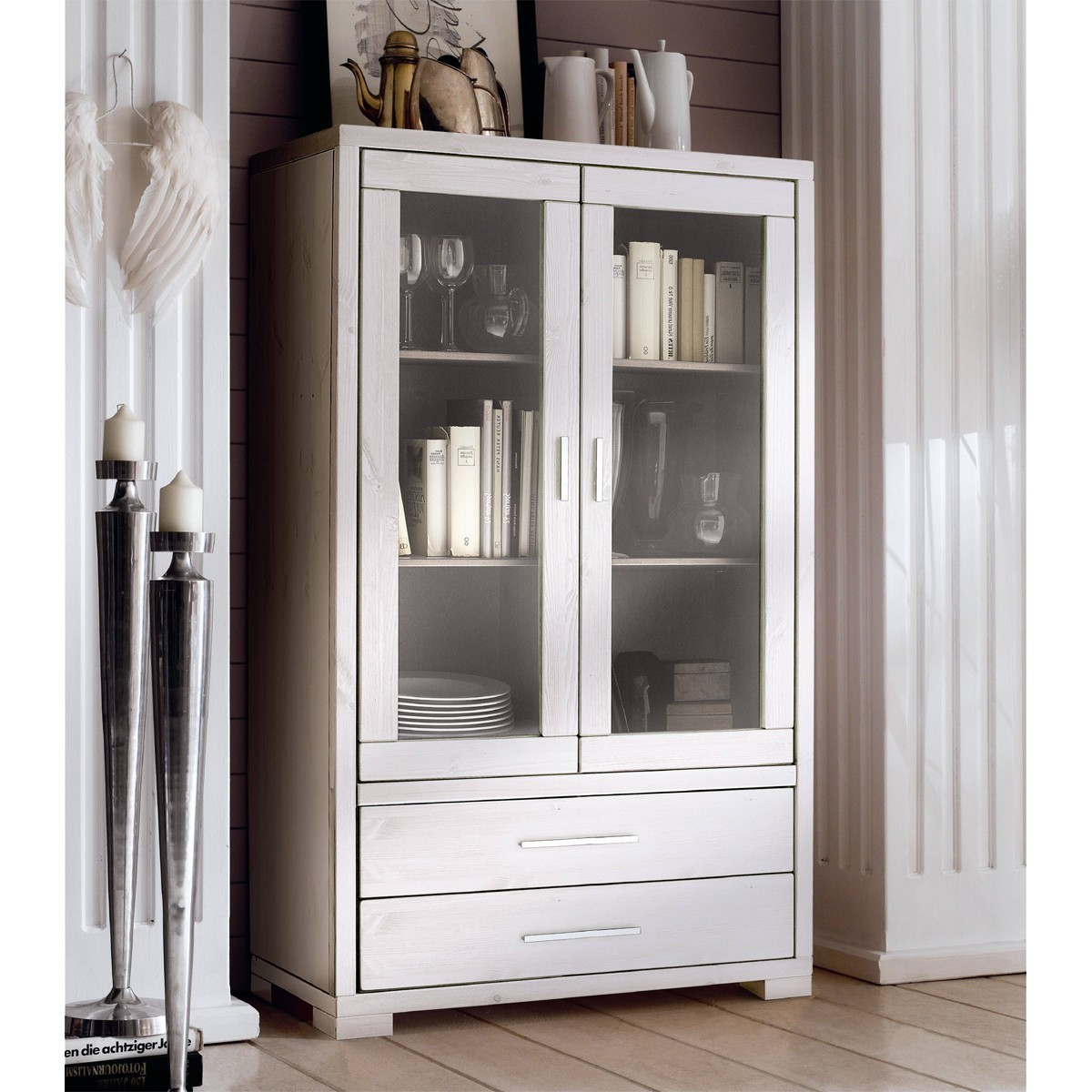 Highboard vitrine weiss raum und m beldesign inspiration for Vitrine skandinavisch