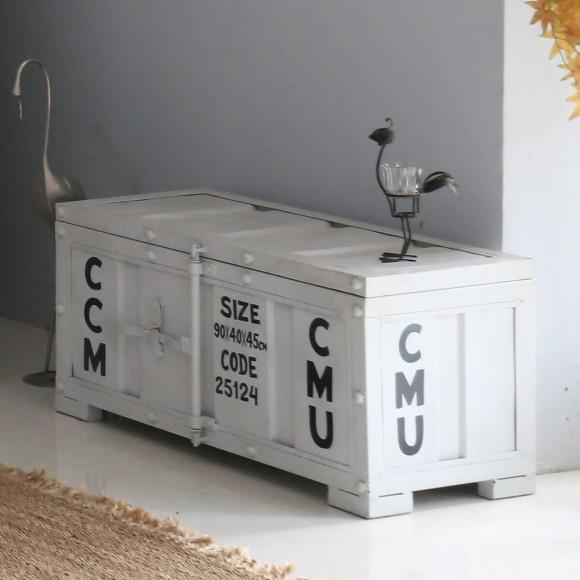 sitzbank diele weiss truhe heimdesign innenarchitektur und m belideen. Black Bedroom Furniture Sets. Home Design Ideas