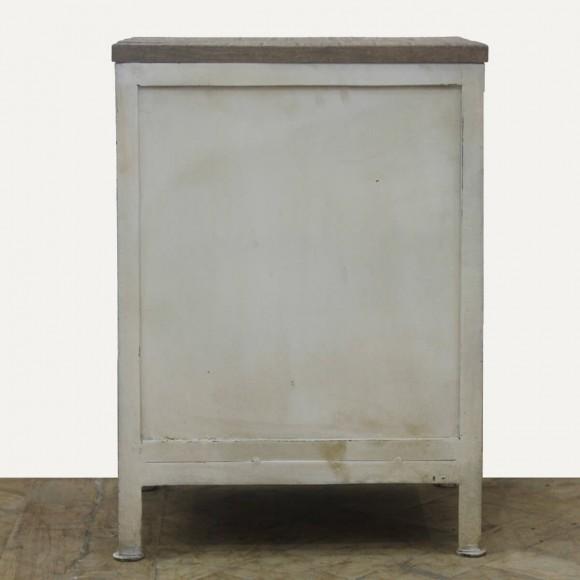 metall kommode schwarz kreative ideen f r innendekoration und wohndesign. Black Bedroom Furniture Sets. Home Design Ideas