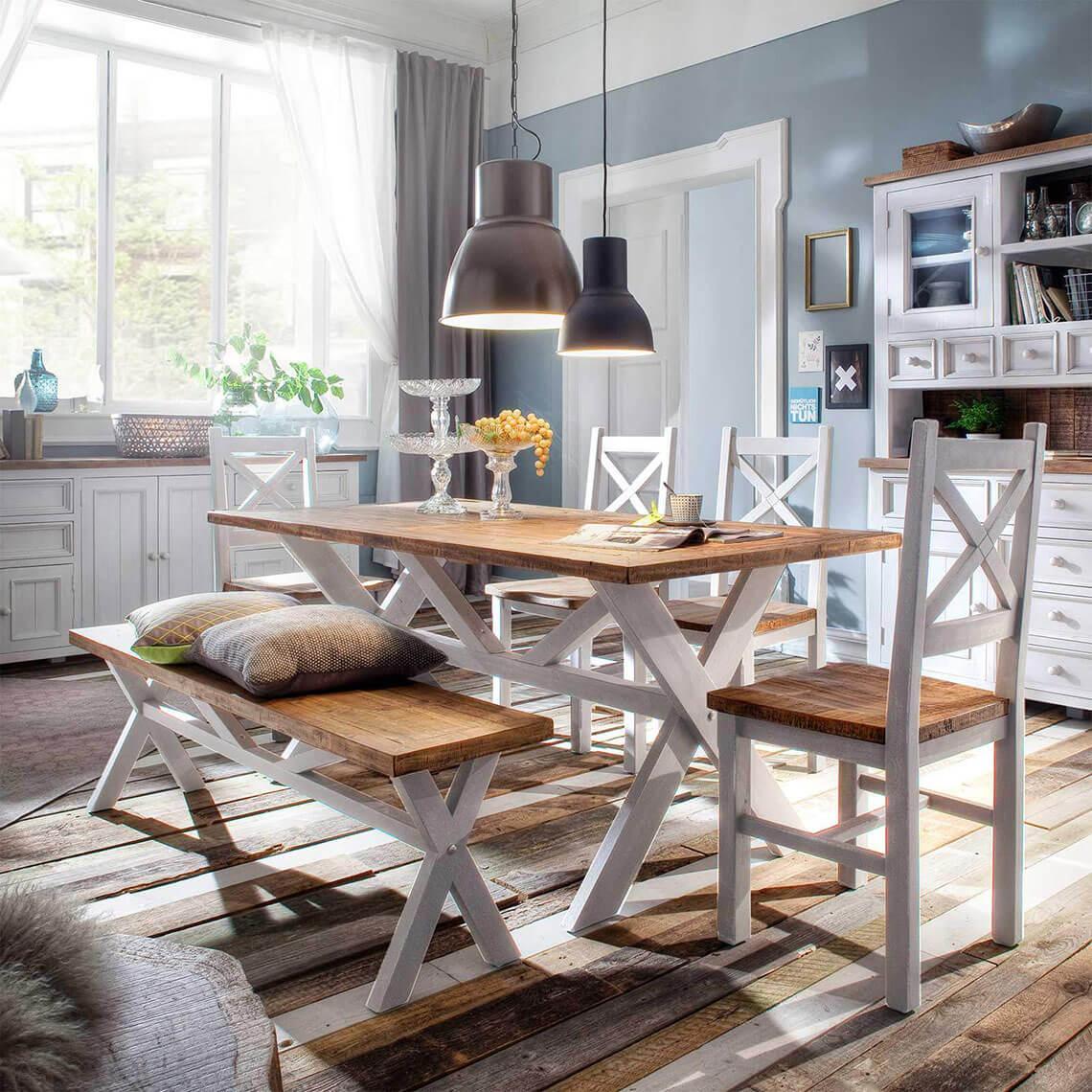 landhausm bel in pinie das byron massivholz wohnprogramm. Black Bedroom Furniture Sets. Home Design Ideas