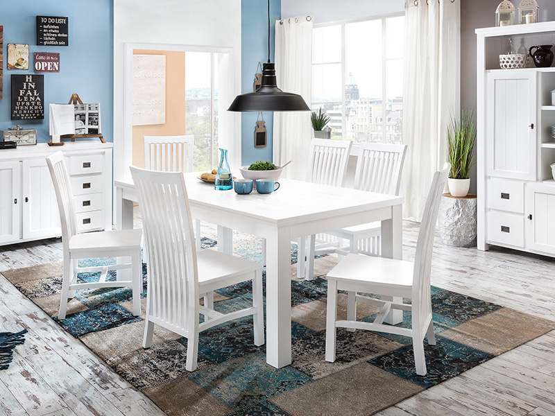 sch ne landhausm bel in akazie das lyron massivholz wohnprogramm. Black Bedroom Furniture Sets. Home Design Ideas