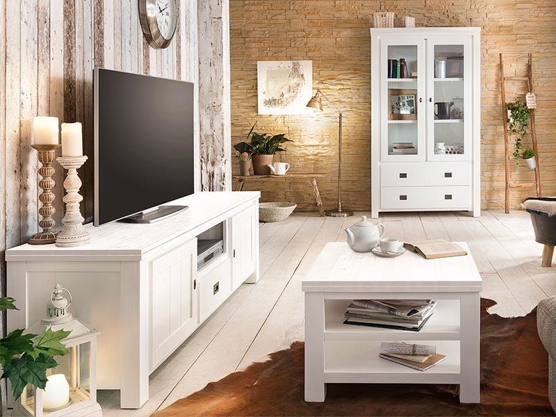sch ne landhausm bel in akazie das lyron massivholz wohnprogramm. Black Bedroom Furniture Sets. Home Design Ideas