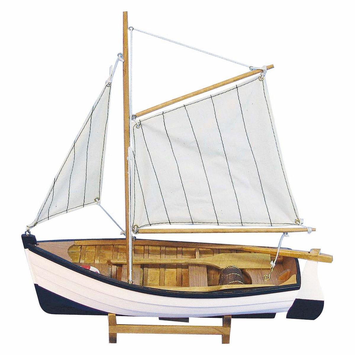 fischerboot oda aus holz mit stoffsegel b2b trade. Black Bedroom Furniture Sets. Home Design Ideas